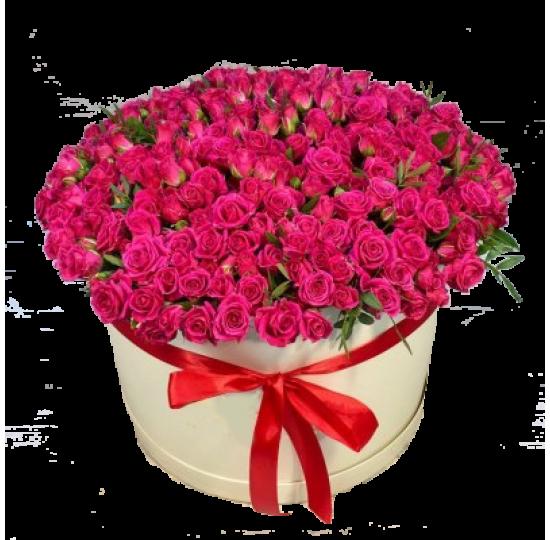 101 кустовая роза в шляпной коробке.