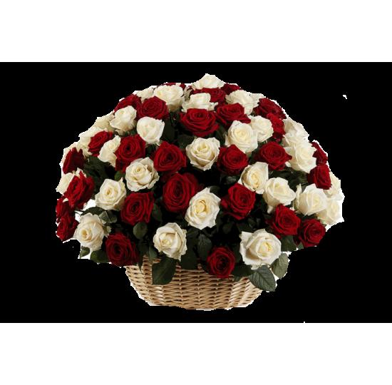 корзина 101 бело - красная роза