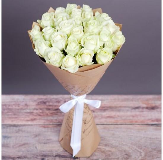 """Букет из белых роз """"Очарование"""""""