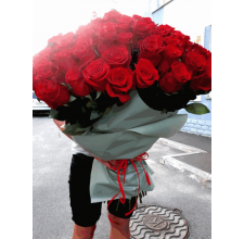 101 красная импортная роза