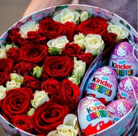"""Коробка с цветами """" Сюрприз"""""""