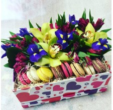 "Коробка с цветами ""Ирис"""