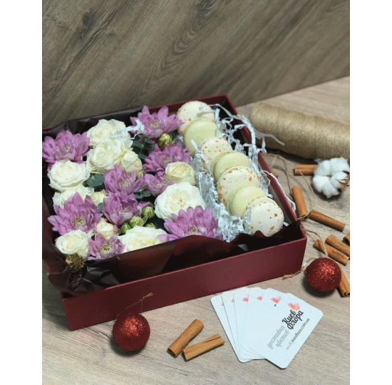 """Коробка с цветами """" Рай """""""